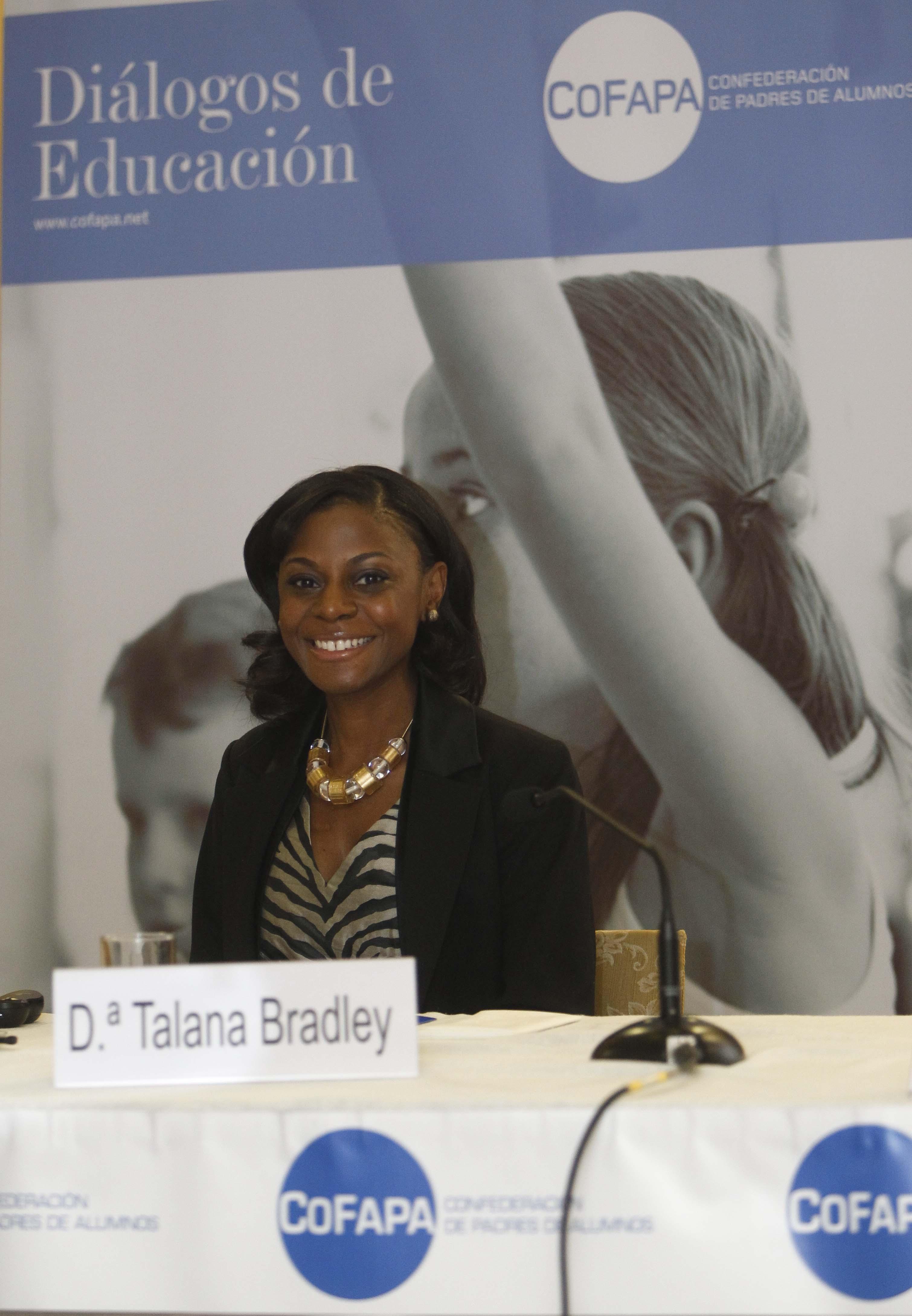 15º Diálogo de Educación con Talana Bradley